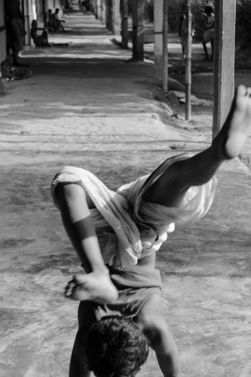 Moine dansant satra île majuli assam